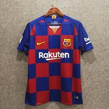 Barcelone 19 20 possible maillot domicile