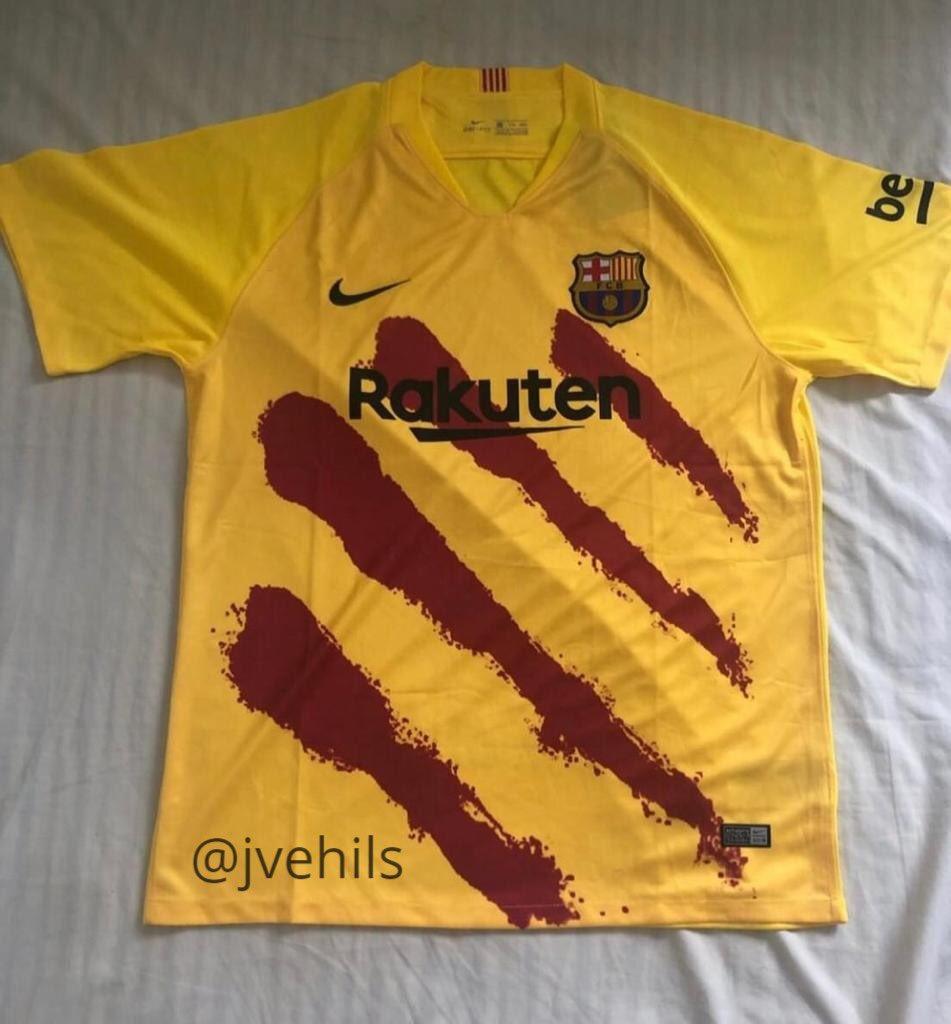 Barcelone 2020 quatrième maillot senyera fake
