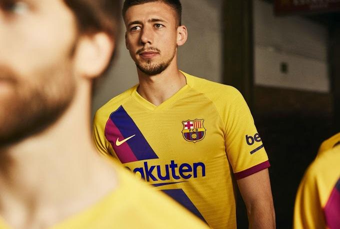 FC Barcelona 2020 nouveau maillot de football exterieur