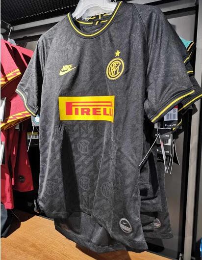 Inter Milan 2020 nouveau troisieme maillot third 19 20