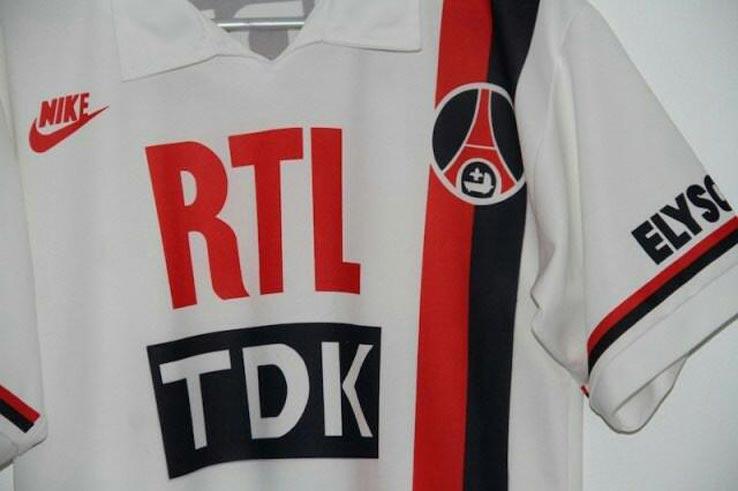 PSG 19 20 couleurs inspiration troisième maillot