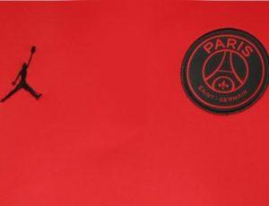 PSG 2020 couleurs maillot exterieur rouge Paris 2019 2020