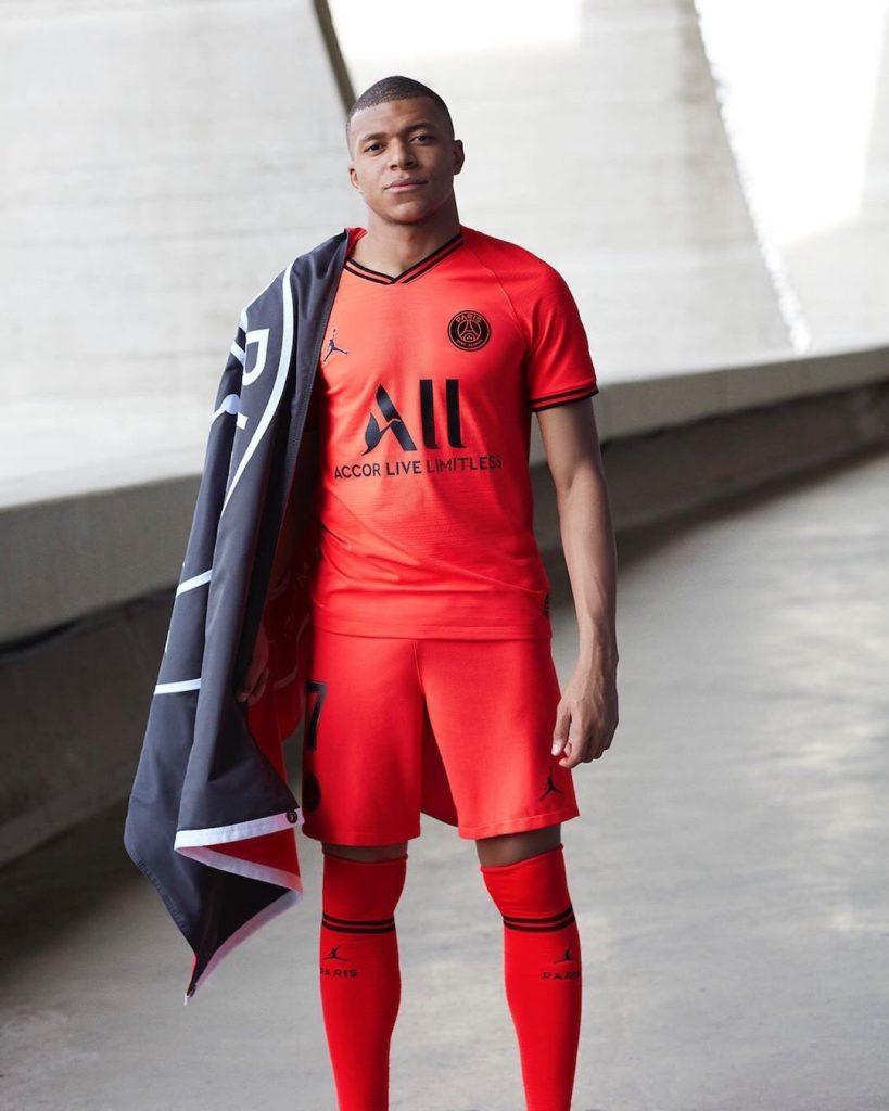 PSG 2020 nouveau maillot exterieur 19 20 Jordan Mbappe