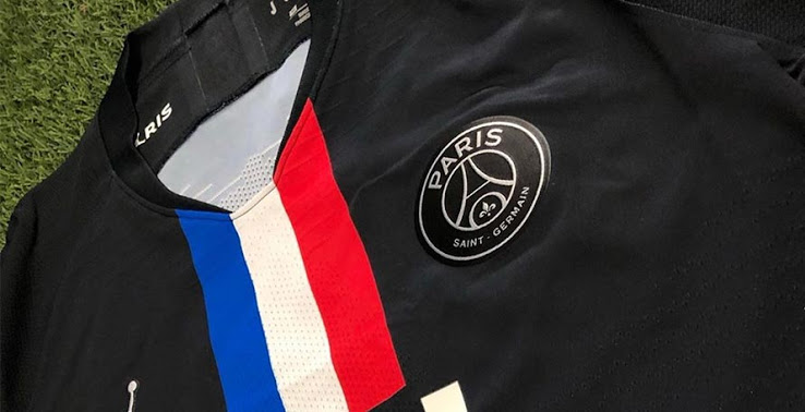 Paris 2019 2020 quatrieme maillot noir PSG