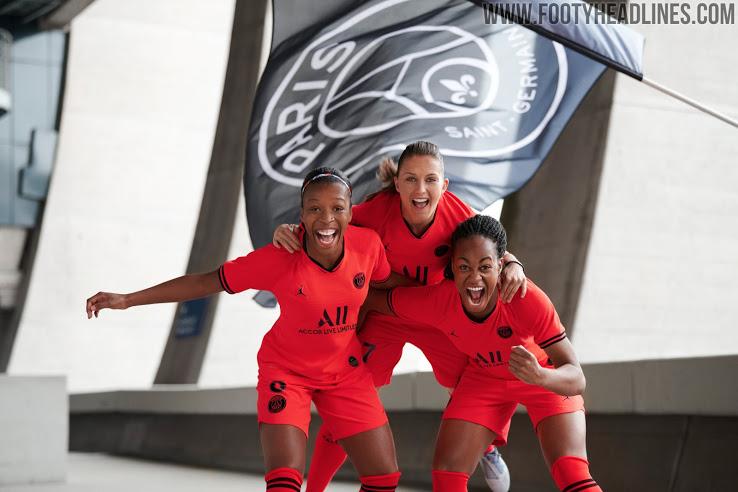 Paris Saint Germain 2020 maillot football exterieur rouge