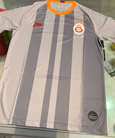Galatasaray 19 20 troisieme maillot third foot Nike