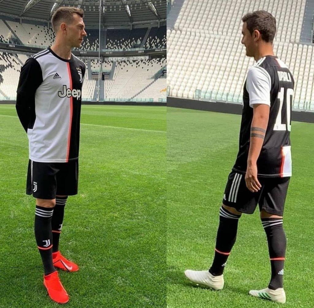 Juventus 19 20 maillot domicile