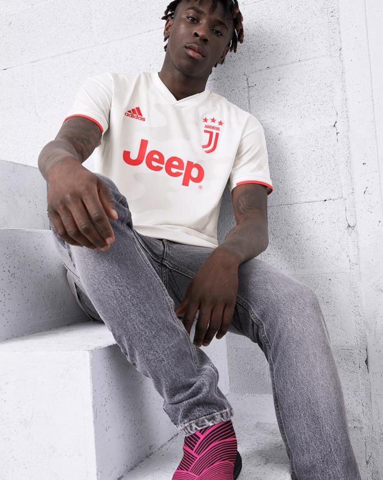 Juventus 2020 nouveau maillot de football exterieur 2019 2020