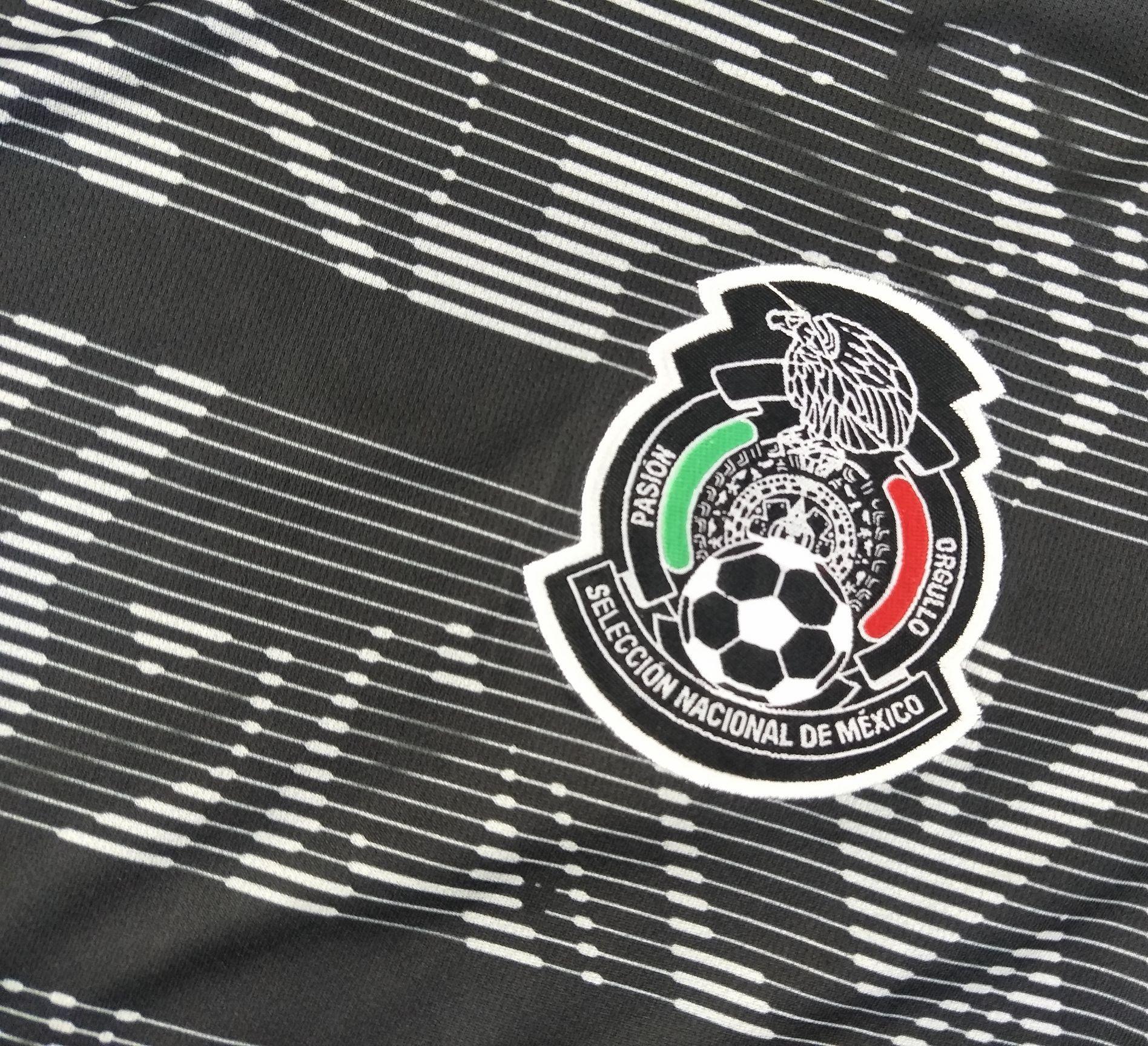 Mexique 2019 blason maillot noir Gold Cup 2019