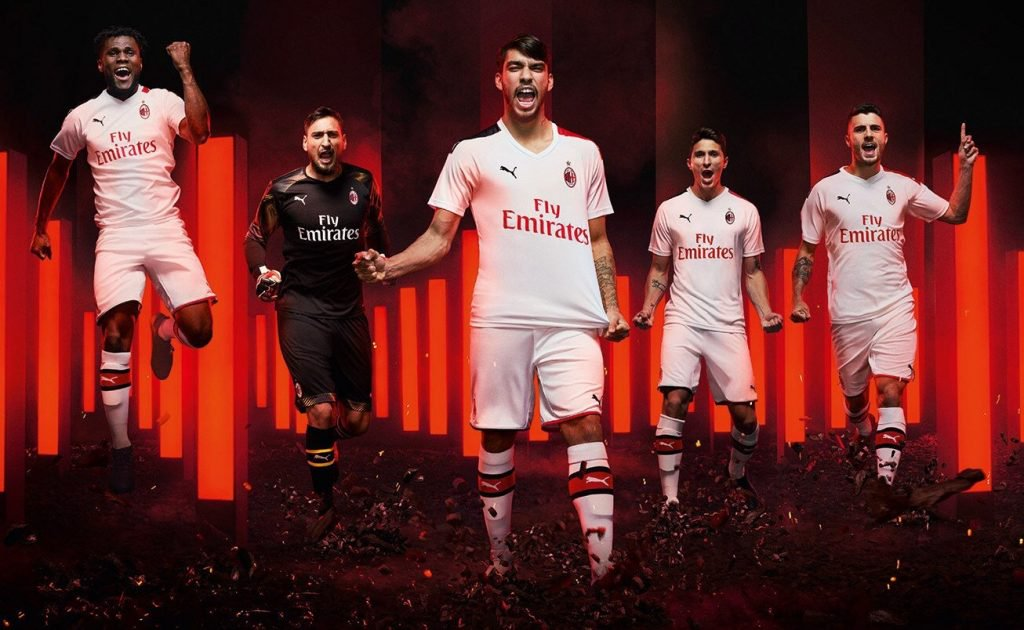 AC Milan 2019 2020 nouveau maillot exterieur Puma