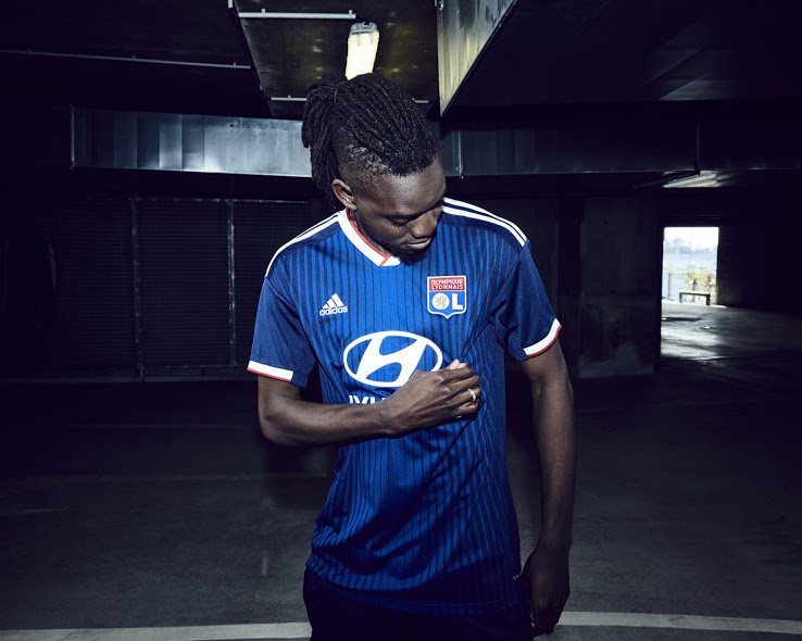 OL 2020 maillot foot exterieur Traore