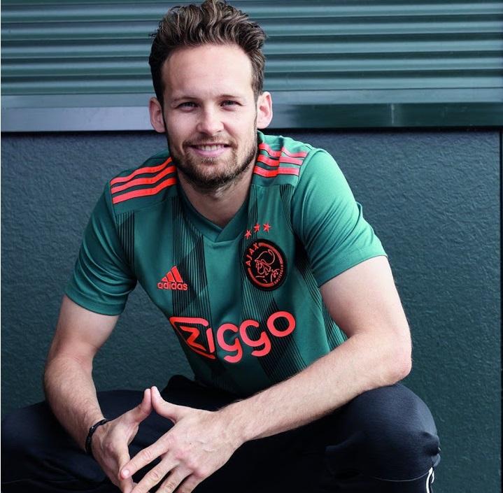 Ajax 2020 nouveau maillot exterieur