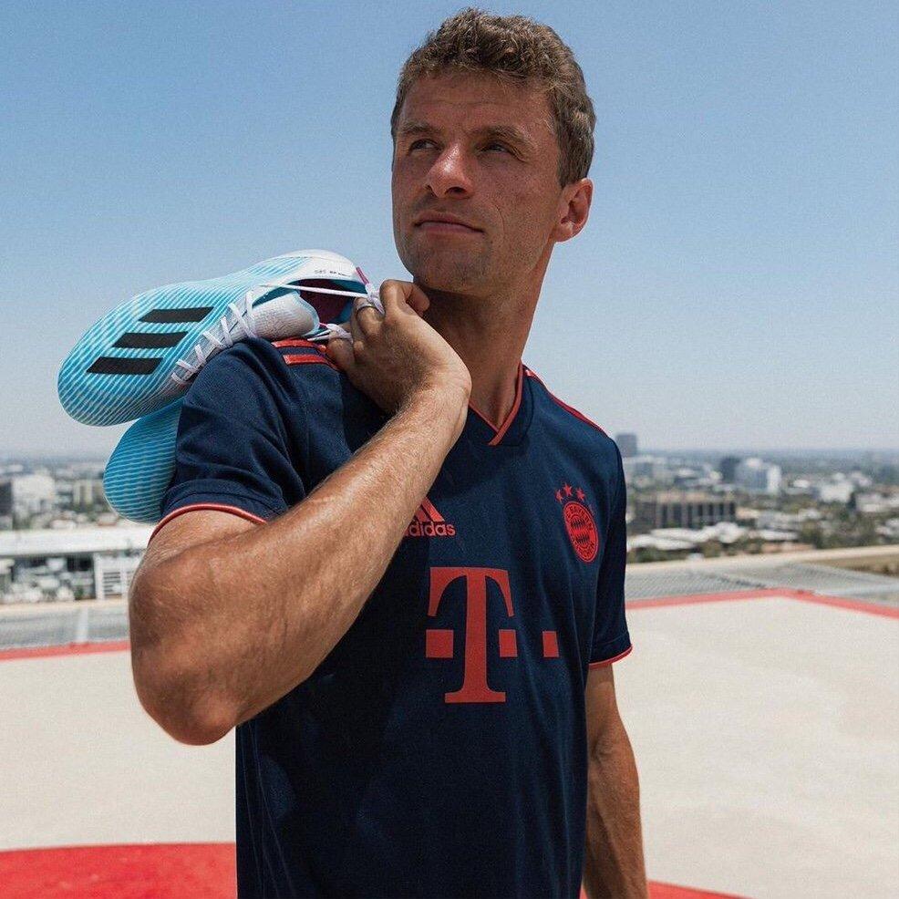 Bayern Munich 2020 nouveau maillot third Muller