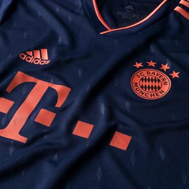 Bayern Munich 2020 nouveau troisieme maillot football Adidas
