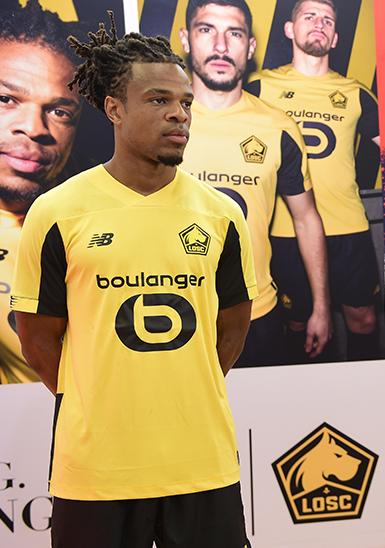 Loic Remy nouveau maillot exterieur LOSC Lille 2020