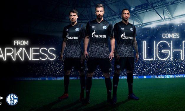 Schalke 2020 nouveaux maillots de football avec Umbro