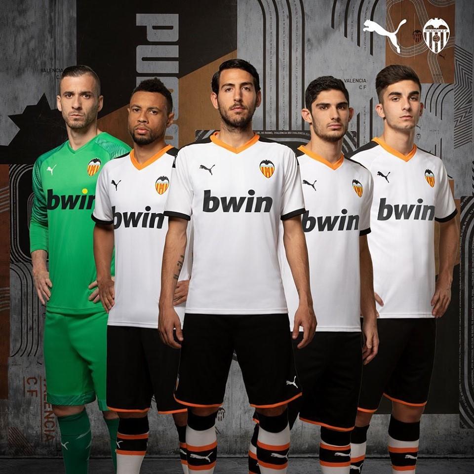 FC Valence 2020 nouveau maillot foot Valencia domicile