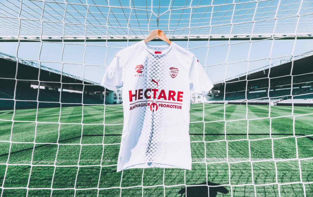Nimes 2019 2020 maillot exterieur football