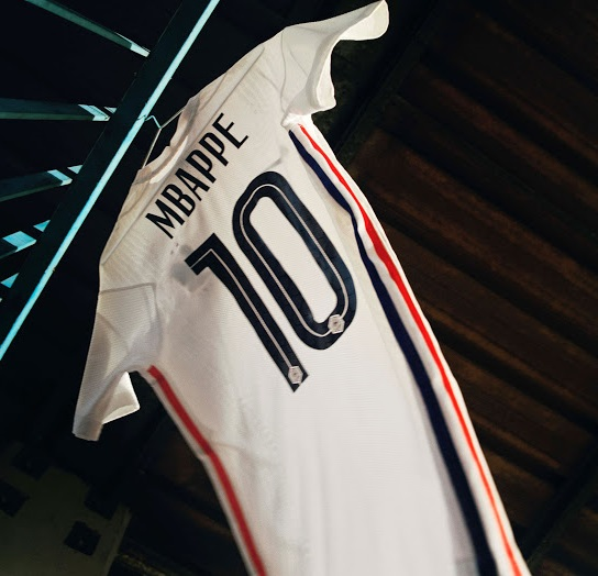 France 2020 maillot de foot exterieur MBAPPE