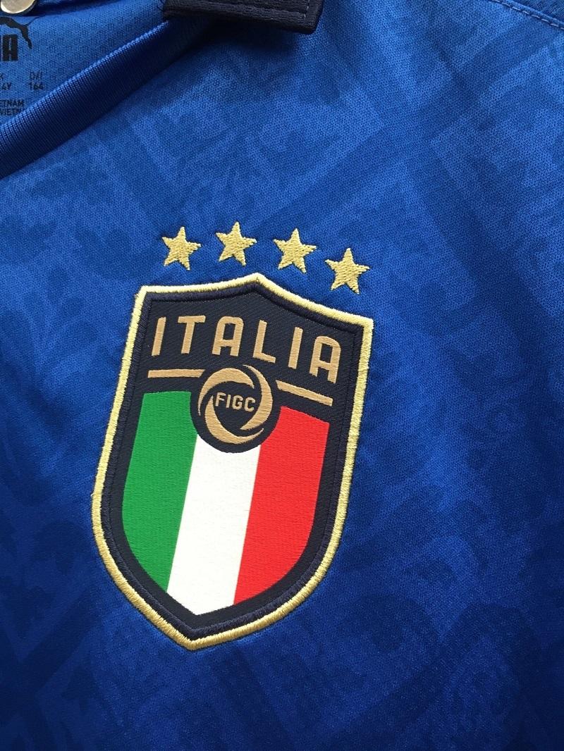 Italie Euro 2020 blason maillot domicile foot