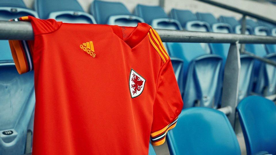 Pays De Galles Euro 2020 maillot domicile Adidas