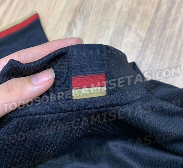 Allemagne Euro 2020 arriere col maillot exterieur