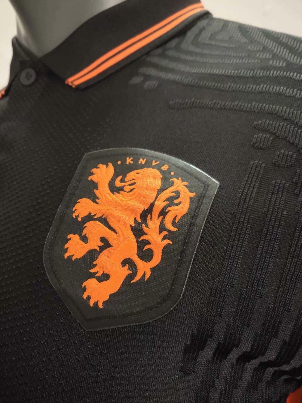 Pays-Bas Euro 2020 maillot exterieur detail blason Hollande