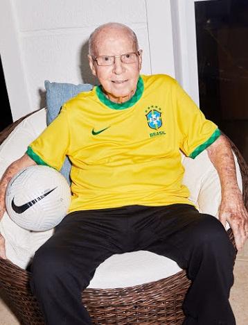 Bresil 2020 nouveau maillot domicile Nike