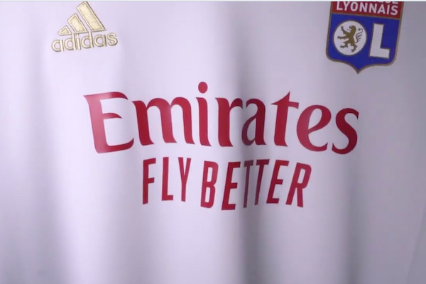 OL nouveau sponsor Emirates Fly Better maillot 2021