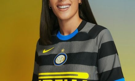 Inter Milan 2021 nouveaux maillots de football