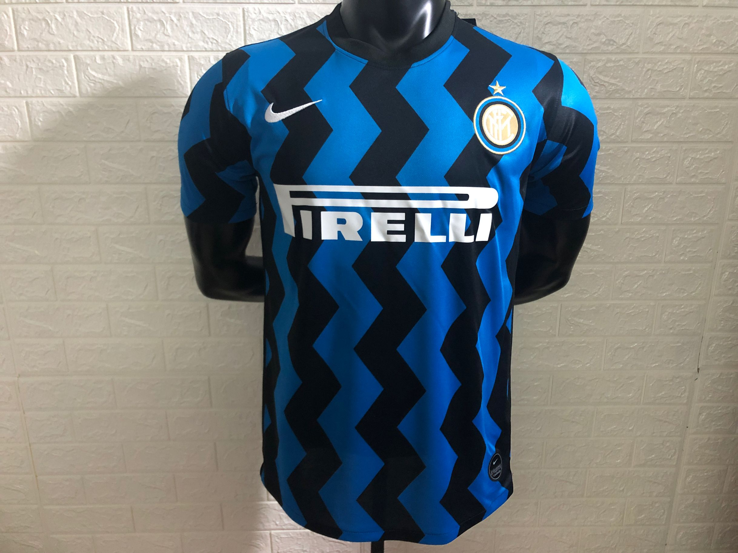Inter Milan 2021 maillot domcile foot