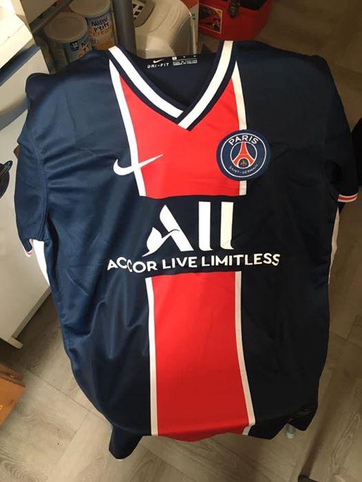 PSG 2021 nouveau maillot domicile Paris