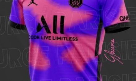 Paris Saint-Germain 2021 nouveaux maillots de foot du PSG