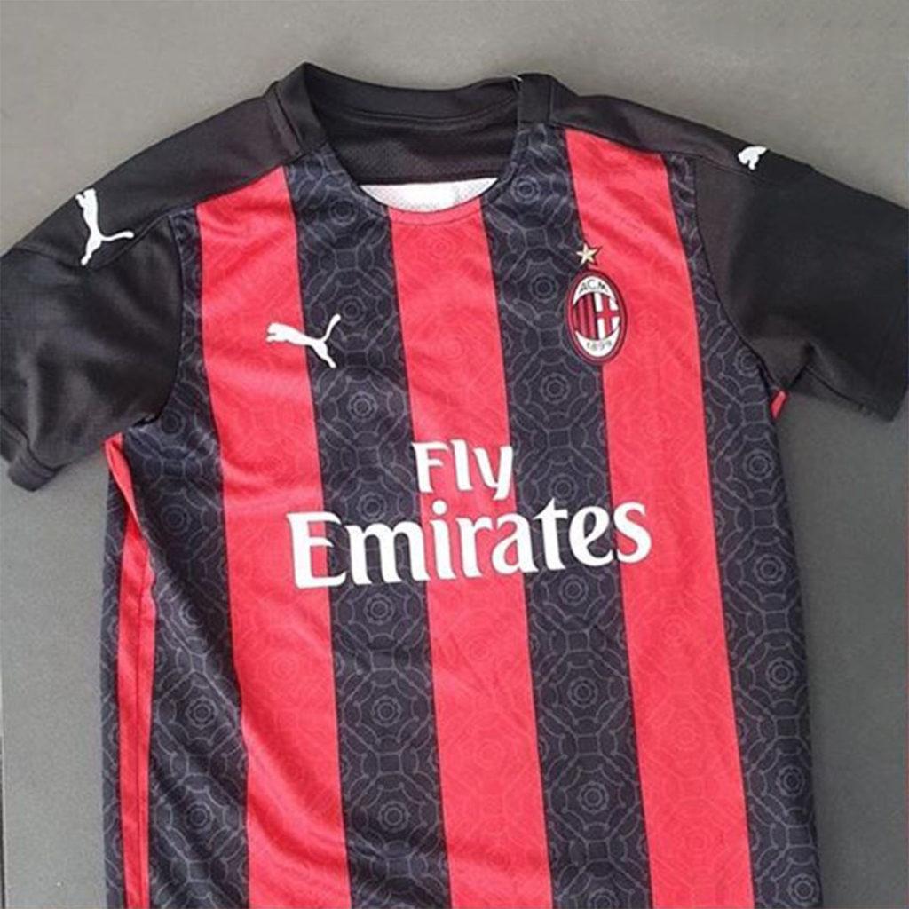 AC Milan 2021 nouveau maillot de foot