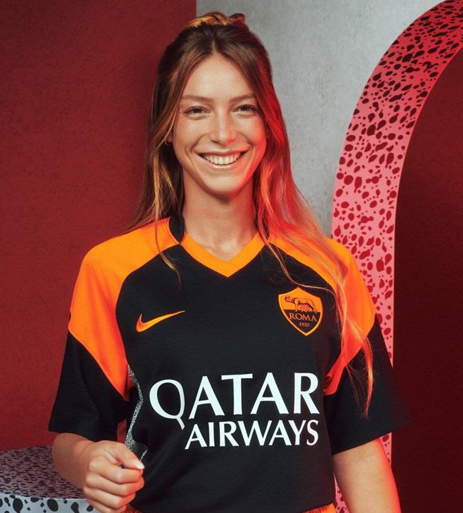 AS Roma 2021 maillot third.jpg Nike
