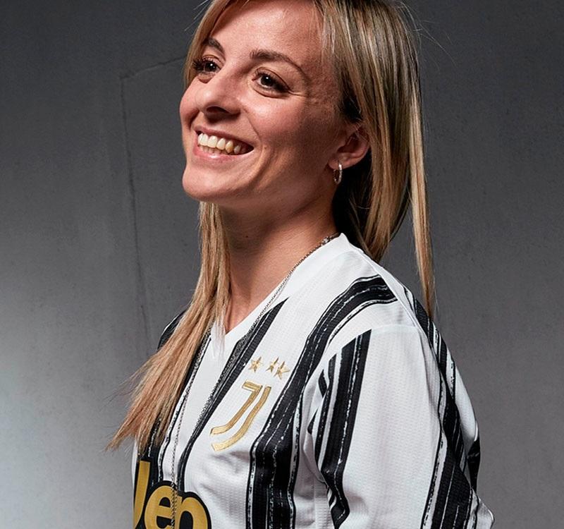 Juventus 2021 nouveau maillot domicile