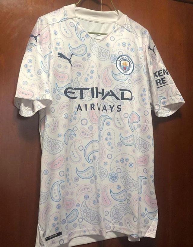 Manchester City 2021 3eme maillot third