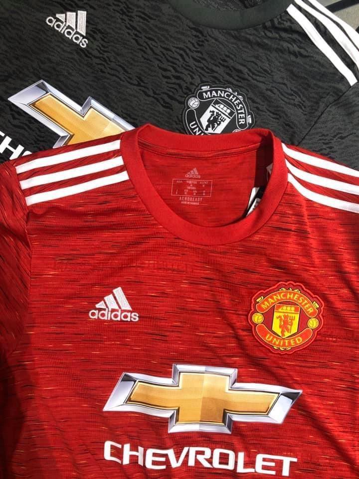 Manchester United 2021 nouveau maillot de foot domicile