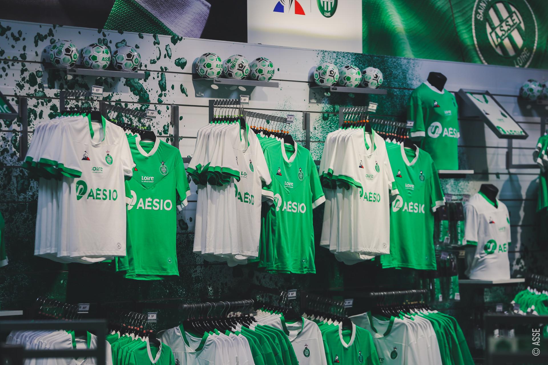 ASSE 2021 nouveaux maillots de football Coq Sportif