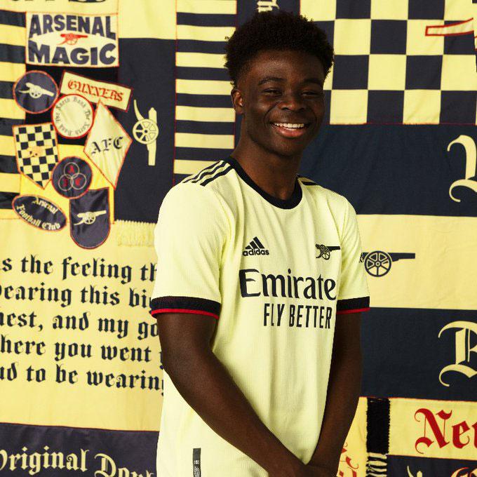 Arsenal 2021-2022 nouveau maillot exterieur
