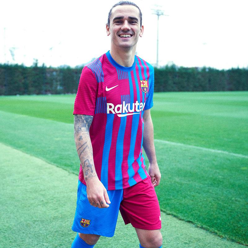 Barcelone 2022 nouveau maillot domicile Griezmann