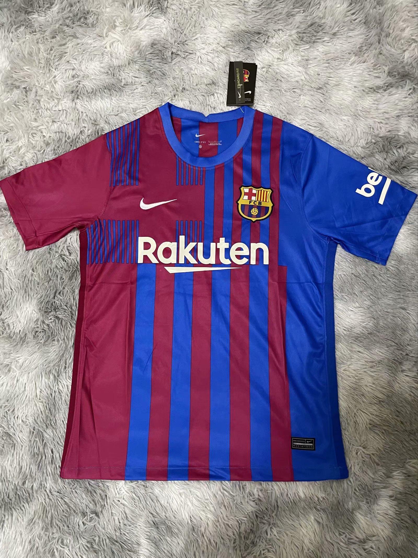 FC Barcelone 2022 nouveau maillot domicile foot 21-22