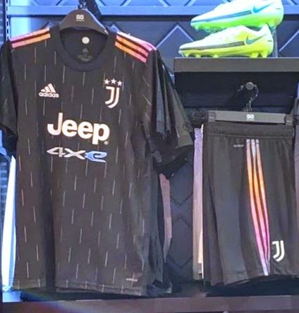 Juventus 2021 nouveau maillot exterieur 21 22