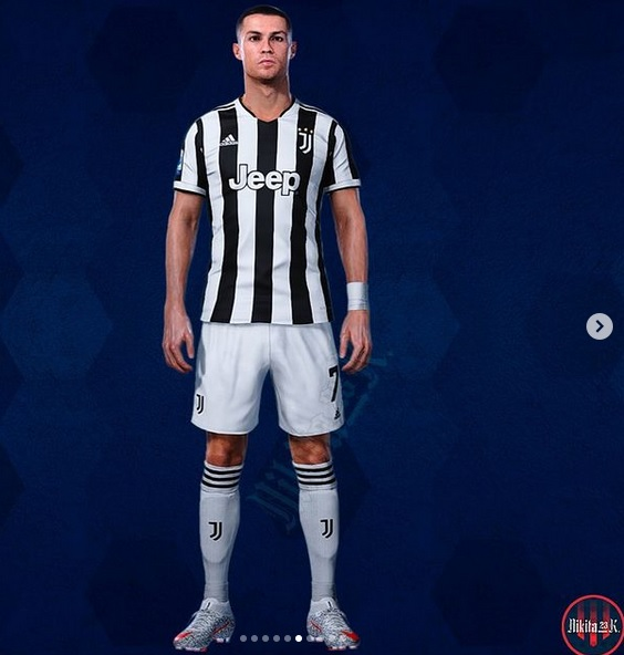 Juventus 2022 maillot domicile Ronaldo