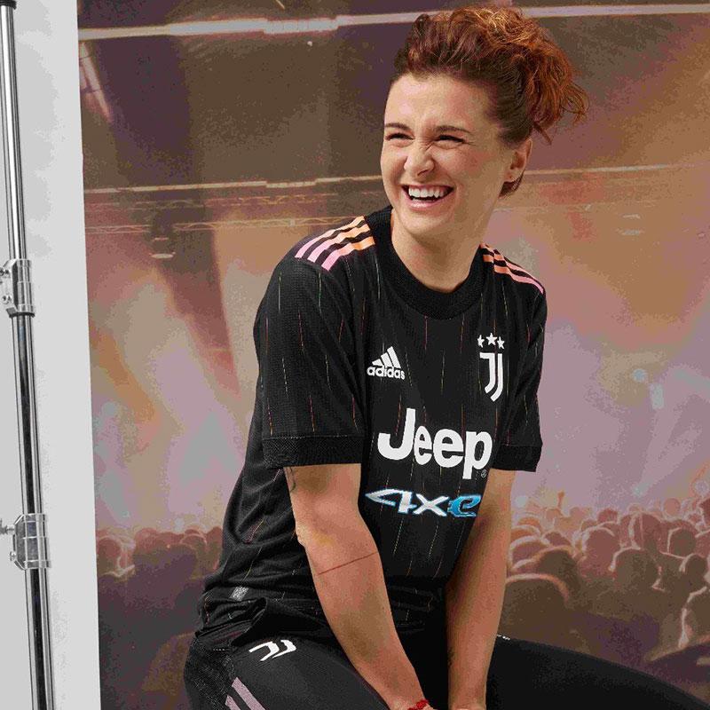 Juventus 2022 nouveau maillot de foot exterieur