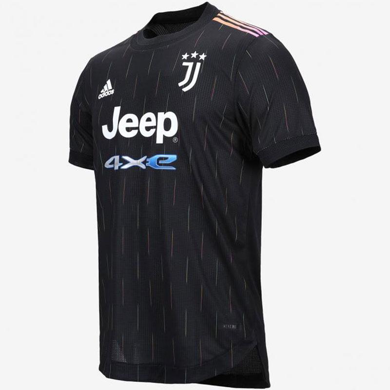 Juventus 2022 nouveau maillot de football exterieur Adidas