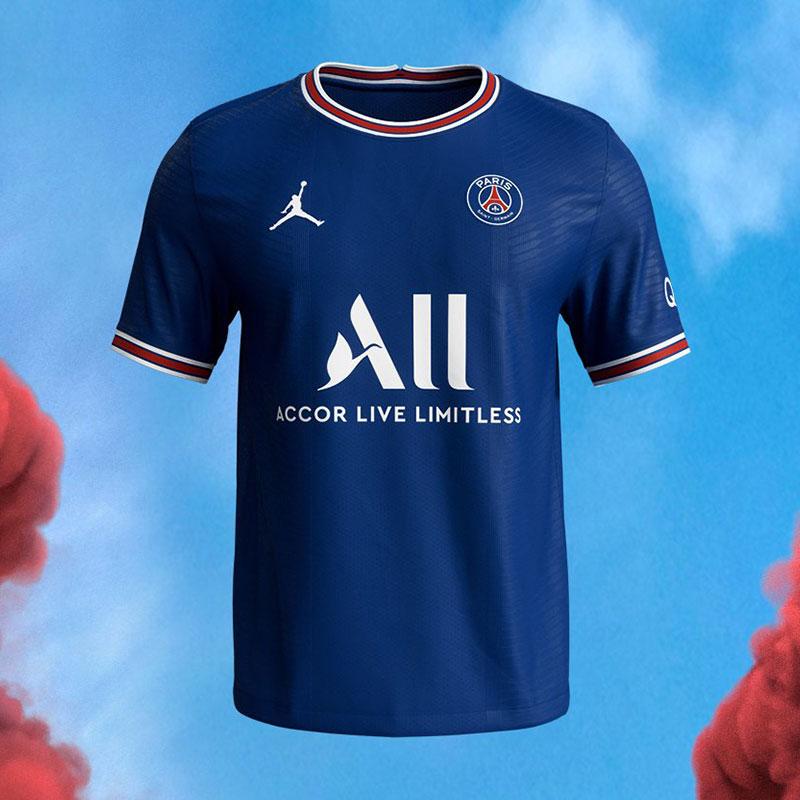 PSG 2022 nouveau maillot domicile foot