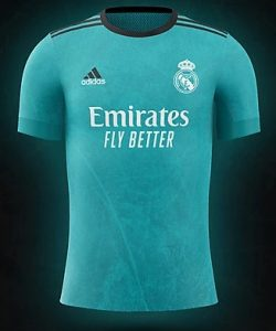 Real Madrid 2022 couleurs trosieme maillot de foot third prediction