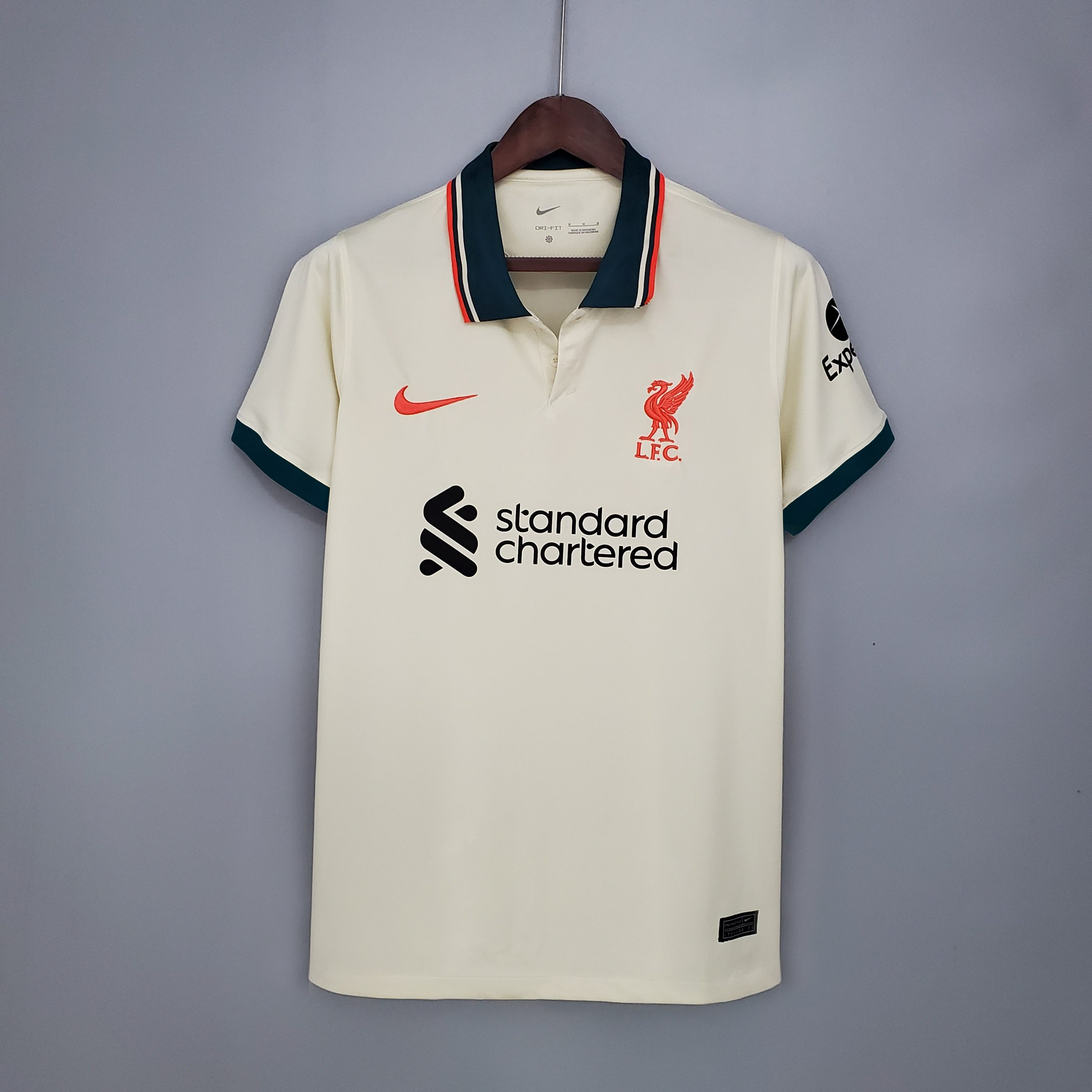 Liverpool 2021 2022 maillot exterieur foot Nike