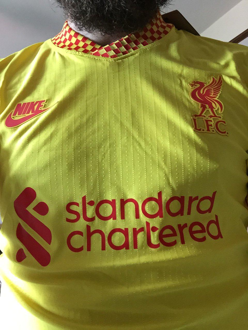 Liverpool 2022 maillot de foot third Nike